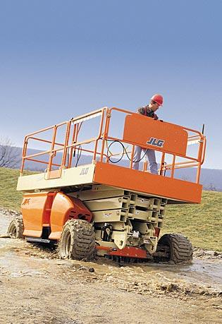 33' Rough Terrain Scissor Lifts - JLG 3349RT