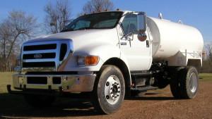 2,000 Gallon Water Truck - Ledwell F750