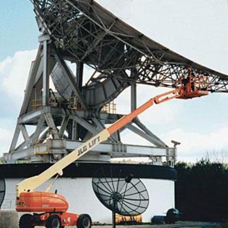 66 Foot Straight Mast Boom Lift Rental - JLG 660SJ