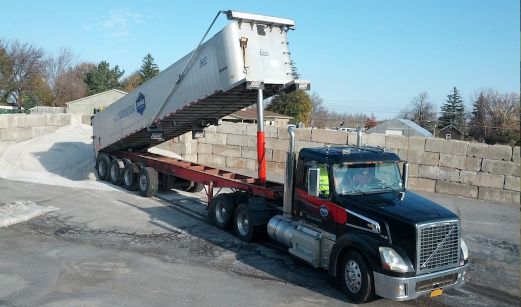Picture of Bulk Rock Salt on 18 Wheel Dump Truck