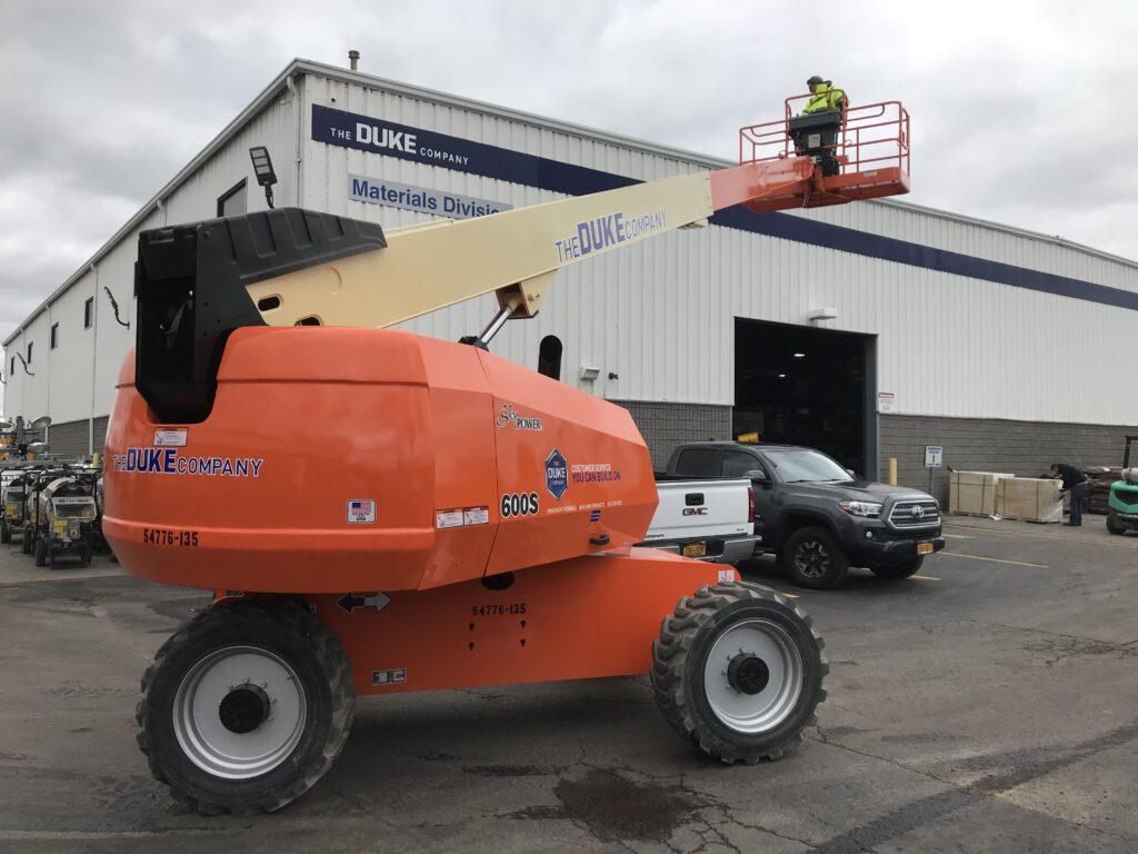 Duke Rentals - - JLG 600S Boom Lift